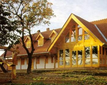 Új könnyűvályog épület